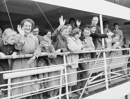 1954年,50,000名荷兰移民进入澳洲