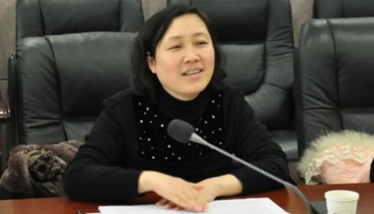 5月19日,四川省乐山市中级法院副院长傅岷雪,意外遭遇车祸去世。