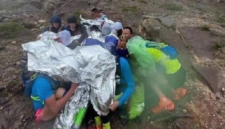 安全措施不当 甘肃马拉松遭遇极端天气 21人死亡