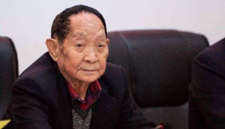 杂交水稻育种专家袁隆平。(图片来源:网络)