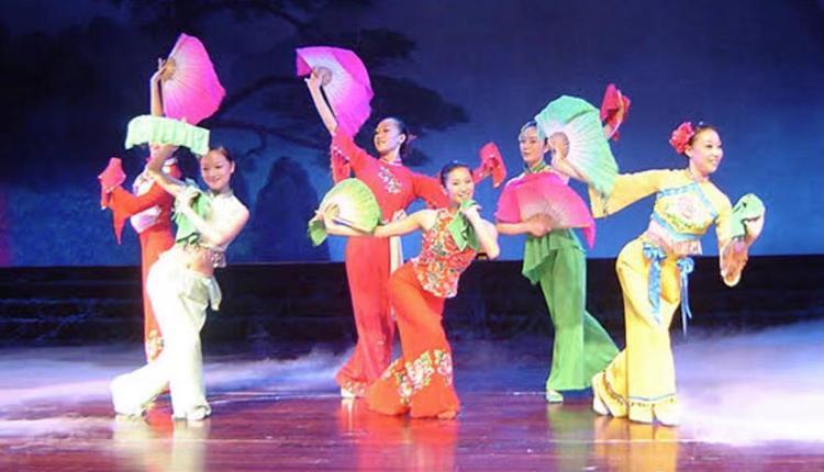 民间舞——安徽花鼓灯表演 图片来源:供图