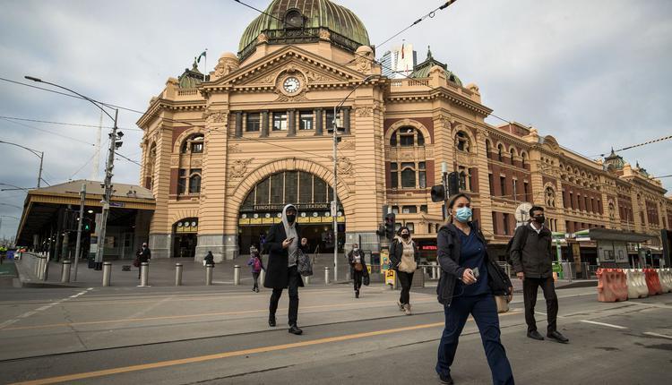 墨尔本,中央火车站,Flinders火车站