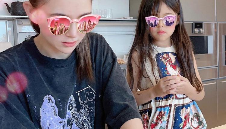 昆凌和女儿