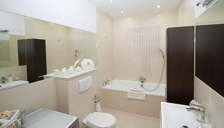 浴室 图片来源:Piqsels