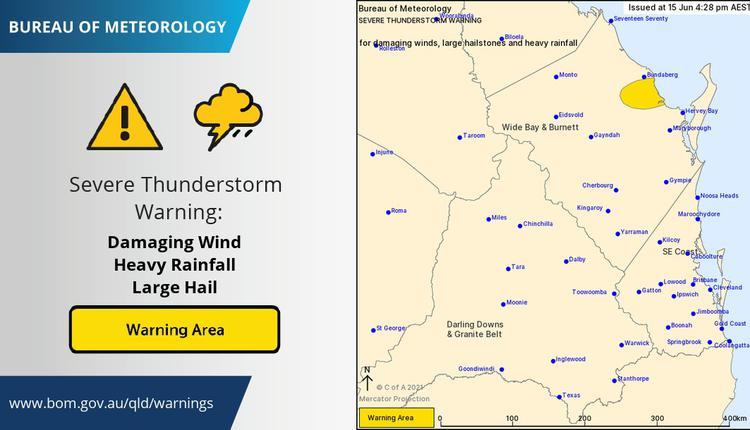 澳大利亚昆州遭遇风暴袭击,超过3300户家庭断电。