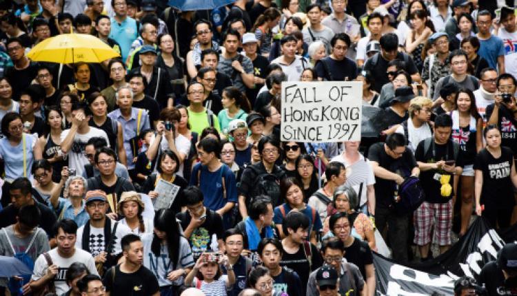 图为2018年香港七一游行