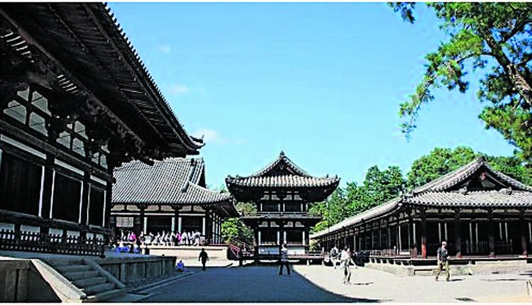 奈良唐招提寺,是全世界最早的木结构建筑。