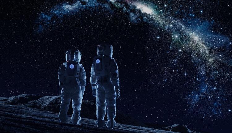 太空旅行.