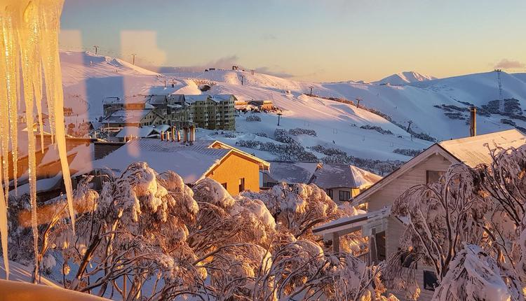 维州滑雪胜地,Mt Hotham