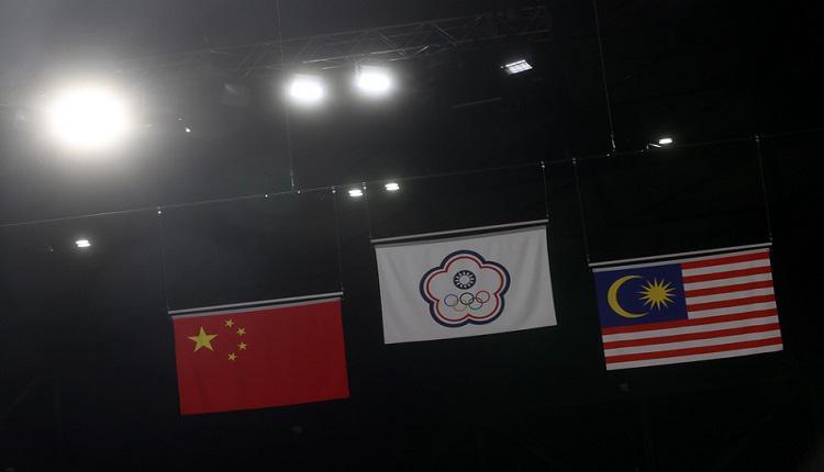 东奥羽球男双台湾夺金 中华队旗高处飘扬