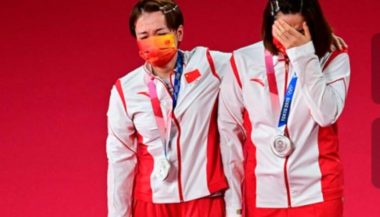 陈清晨与贾一凡在东京奥运会上获银牌
