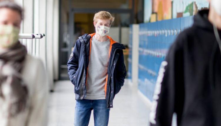 高中生,戴口罩,学校