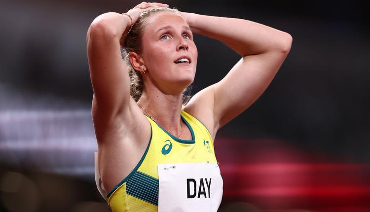 女子 200 米短跑选手 RILEY DAY
