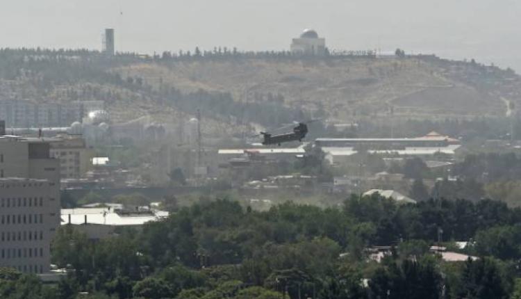 美国直升机降落喀布尔