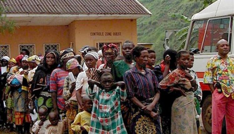 等待出境的刚果难民