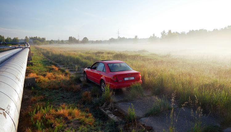 汽车,草地
