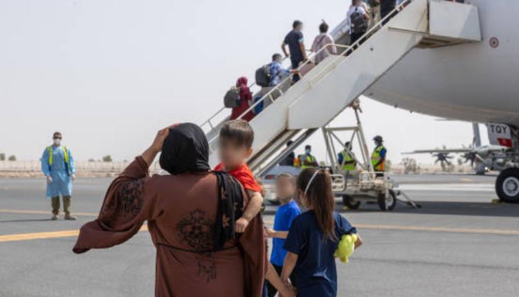 阿联酋空军基地,阿富汗,撤离,澳洲,航班