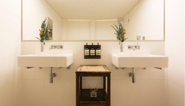 White Rabbit的厕所