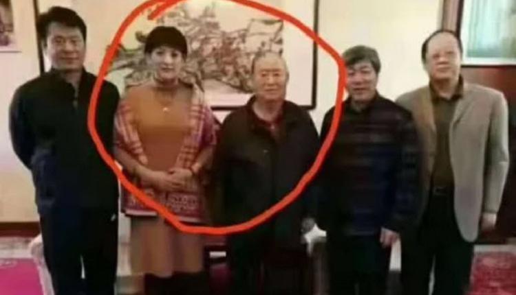 网曝生前携央视嫩妻隐居美国 中国前副总理姜春云病亡