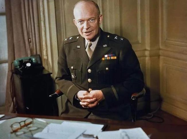 美国总统艾森豪威尔