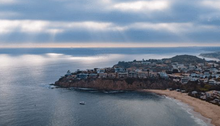 悬崖海滨庄园