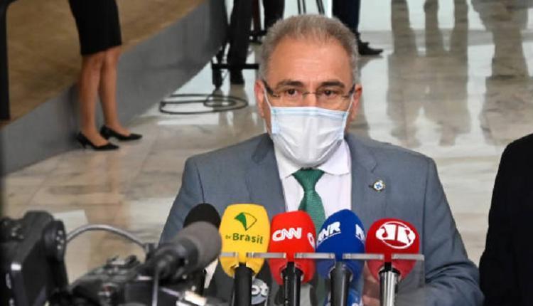 巴西衛生部長奎洛加,Marcelo Queiroga