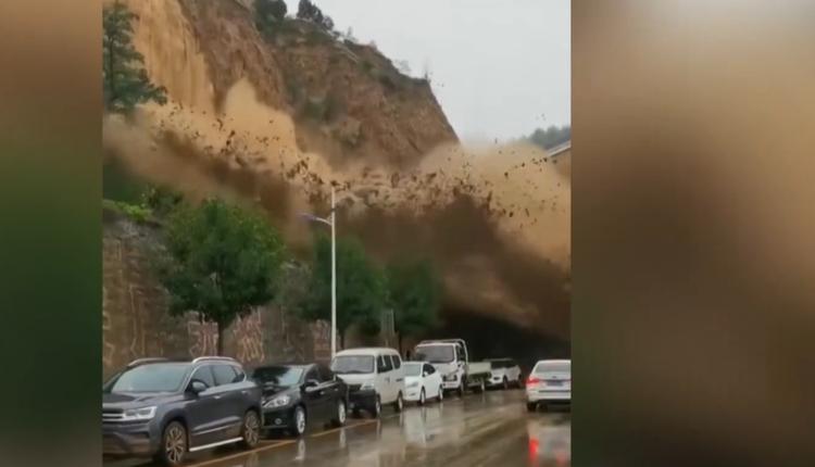 山西临汾市发生山体滑坡