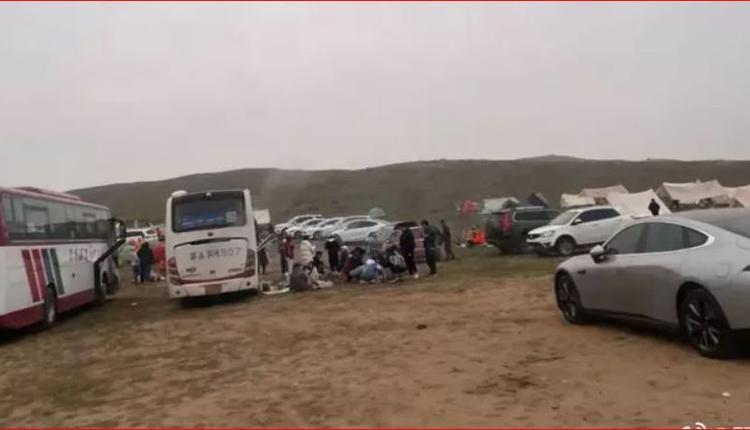 """现实中的网红景点""""内蒙古帐篷"""""""